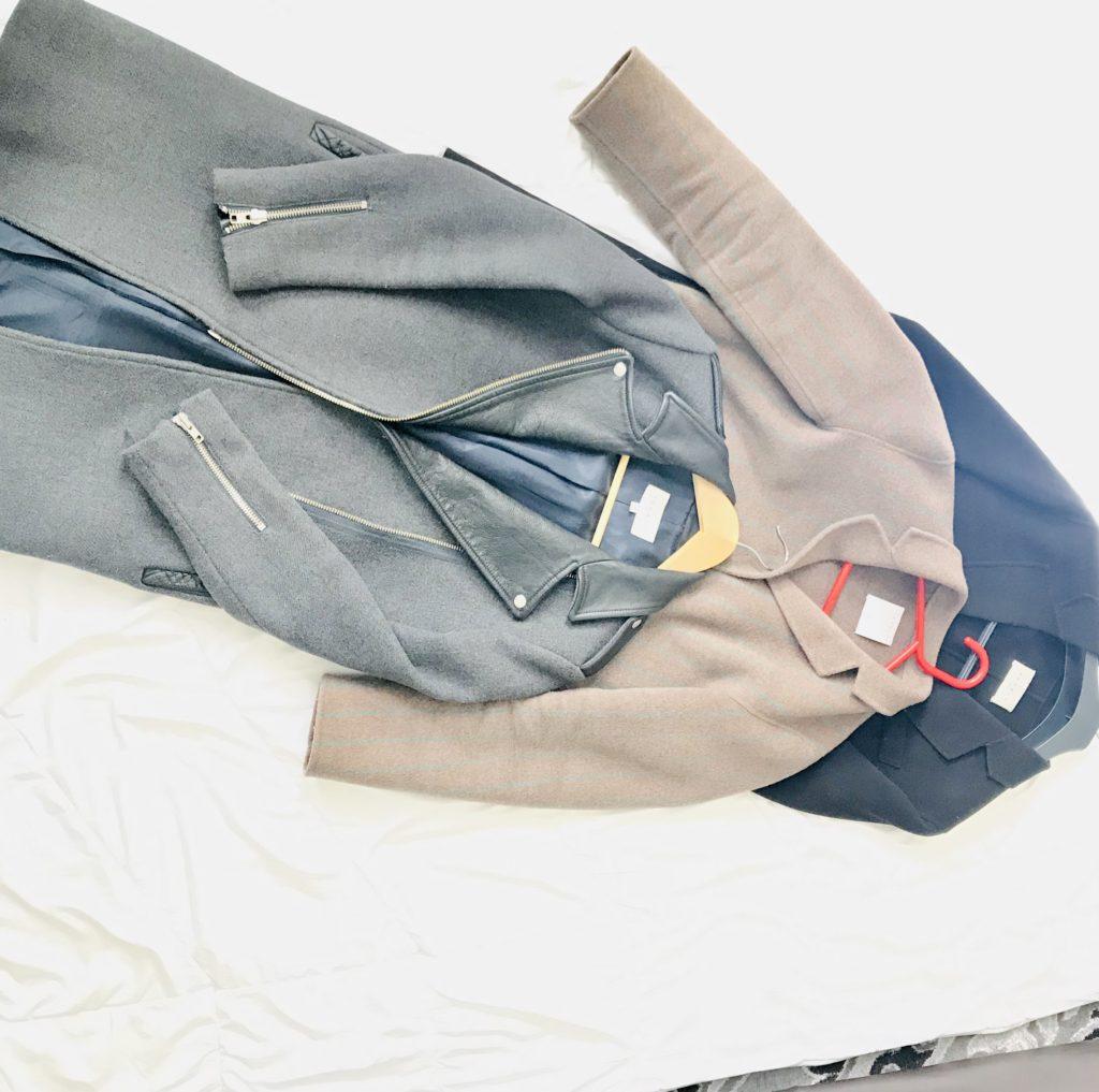désencombrer ma garde-robe les manteaux